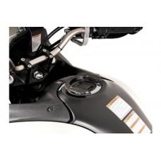 Система для крепления набачных сумок к горловине бензобака SW-MOTECH QUICK-LOCK EVO (5 screws. SUZUKI.)